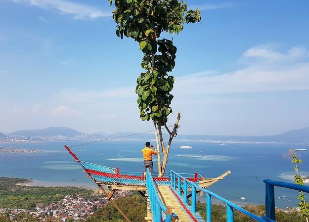 Wisata Muncak Teropong Laut Pesawaran Lampung Backpacker Lampung